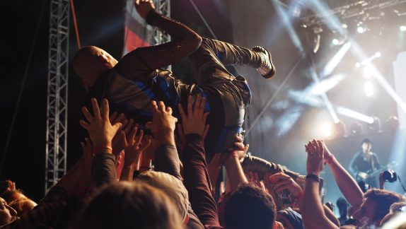 Gig stage dive