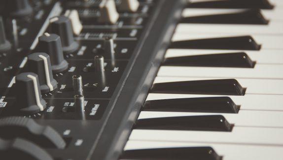 Keyboard side bw