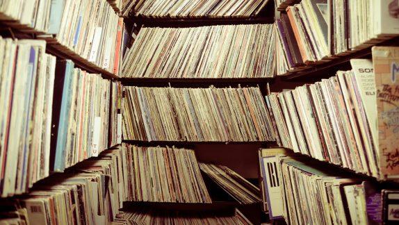 Vinyl shelf